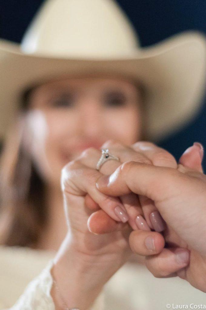 anel com ferradura